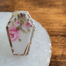 Load image into Gallery viewer, Size 8 Sterling Silver & Upcycled China Coffin Ring - by Francesca