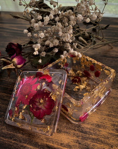 Resin Trinket Box with Red & Pink Flowers - by Artistamun