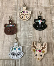 Load image into Gallery viewer, Woodland Critters Keychains