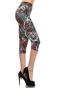 Tie Dye Printed High Waisted Capri Leggings With Elastic Waistband