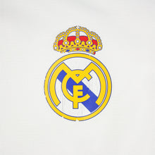 Load image into Gallery viewer, Real Madrid 03/04 • Home Shirt • L