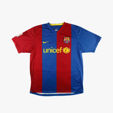 Load image into Gallery viewer, Barcelona 06/07 • Home Shirt • L • Messi #19
