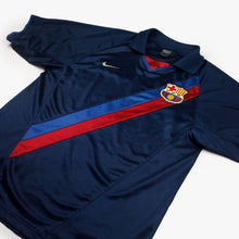 Load image into Gallery viewer, Barcelona 02/03 • Away Shirt • M