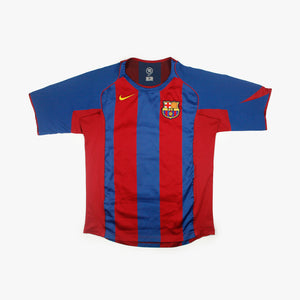 Barcelona 04/05 • Camiseta Local • M • Ronaldinho #10