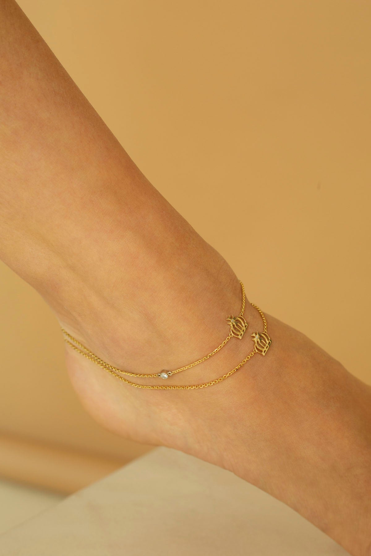 Diamond Yellow Gold Crown Anklet