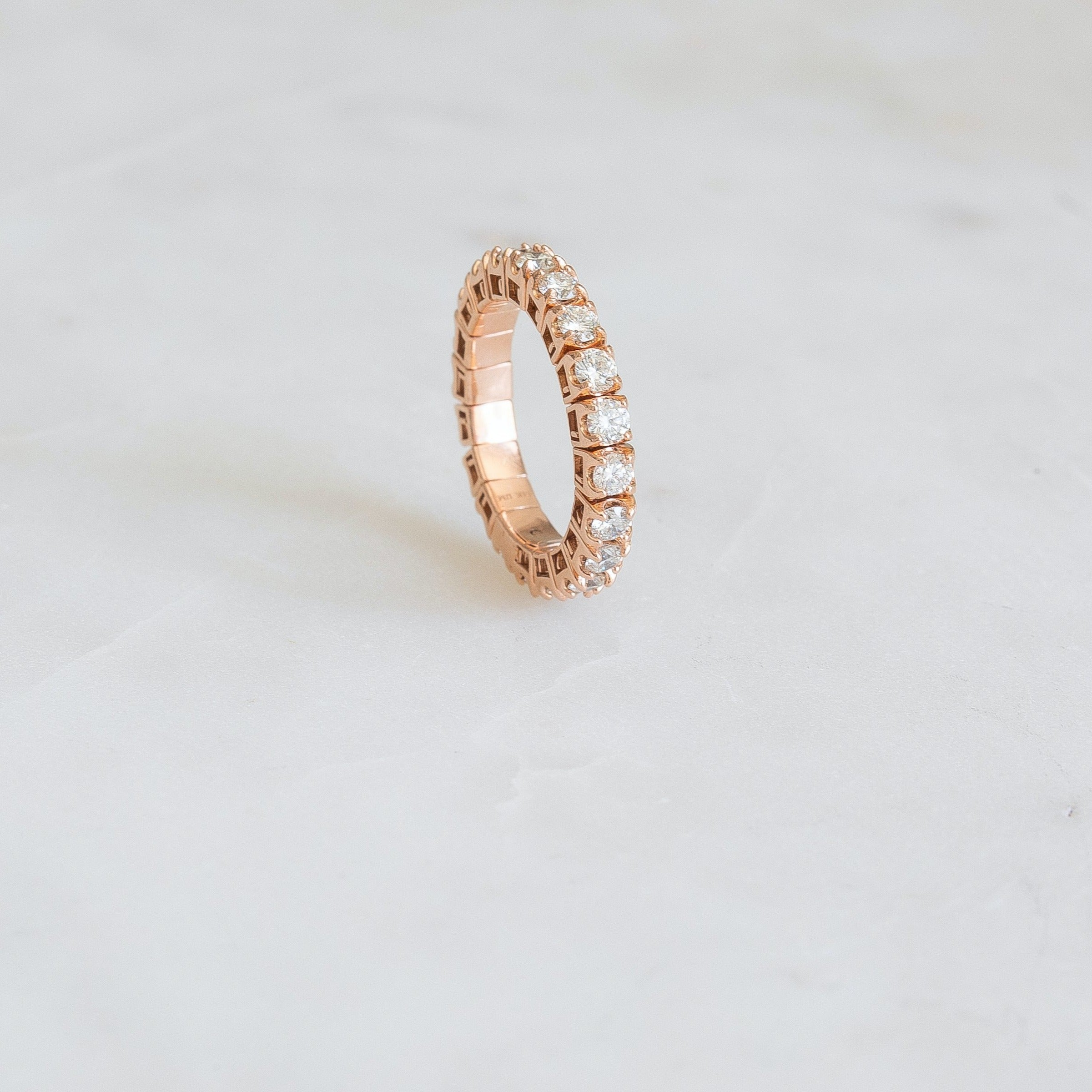 Stretch Eternity Band | Yellow Gold
