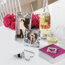 Load image into Gallery viewer, Silver Heart Wine Stopper