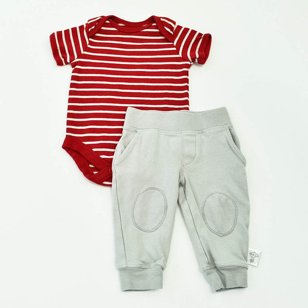 Faded Glory Onesie with Little Giraffe Pants ~ Gently-Used ~ Pants size 6-12 but run small