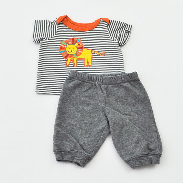 Baby R Us Tee with Carter's Pants ~ Like New ~