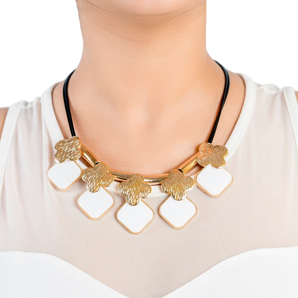 Four Leaf Design Onyx Black Necklace - Kiyara