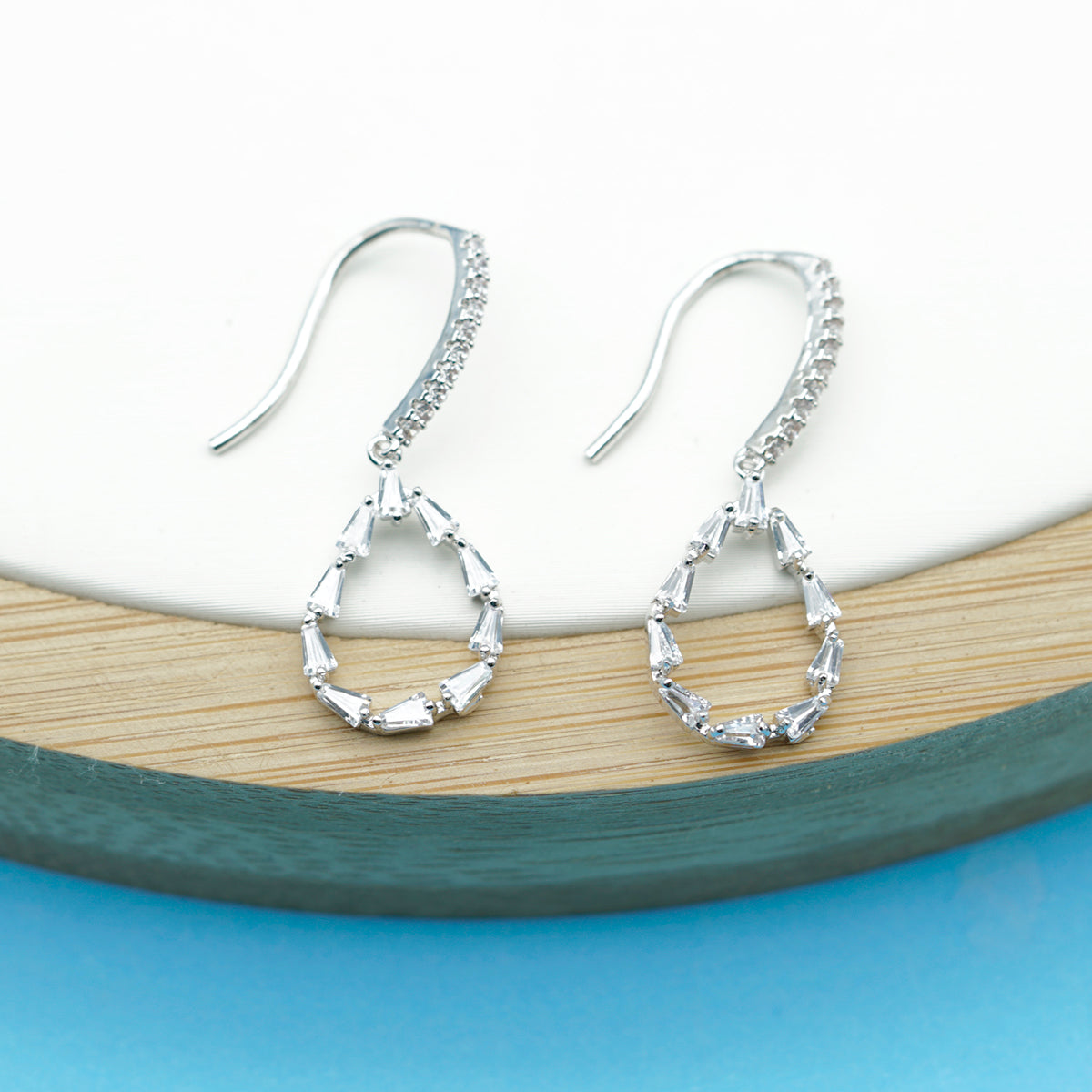 Swarovski Crystal Dazzling Drop Earrings - Kiyara