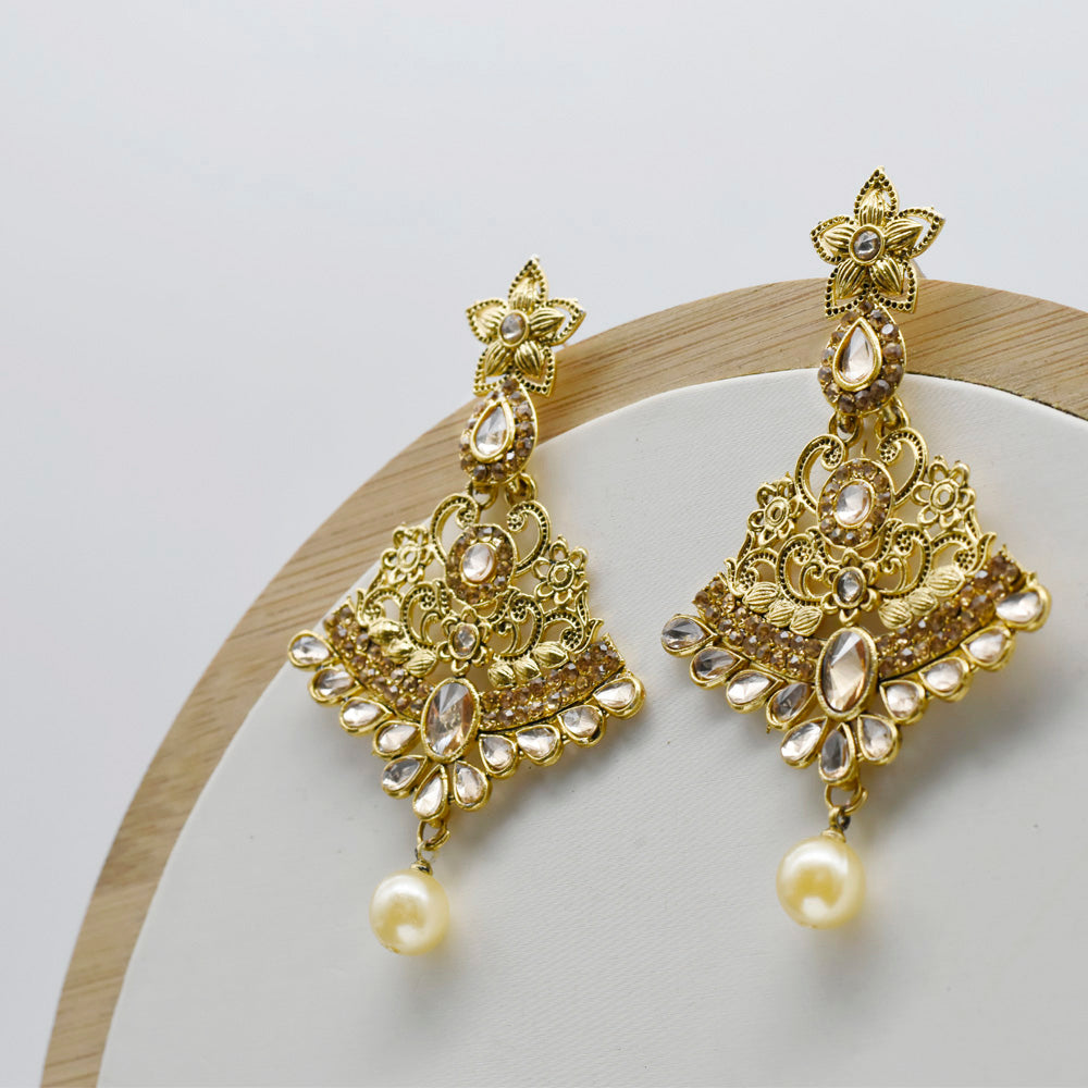 Shaadi Saga Long crystal beaded Earring - Kiyara