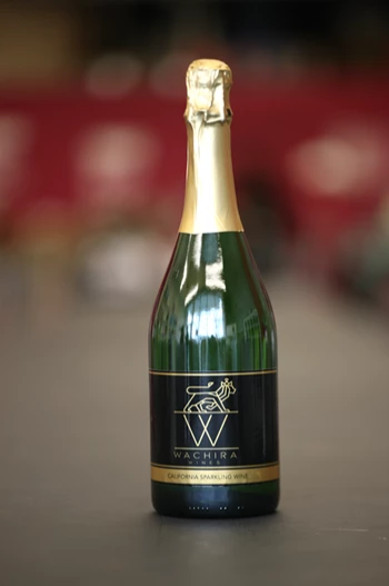 Black Label </br>Sparkling Wine