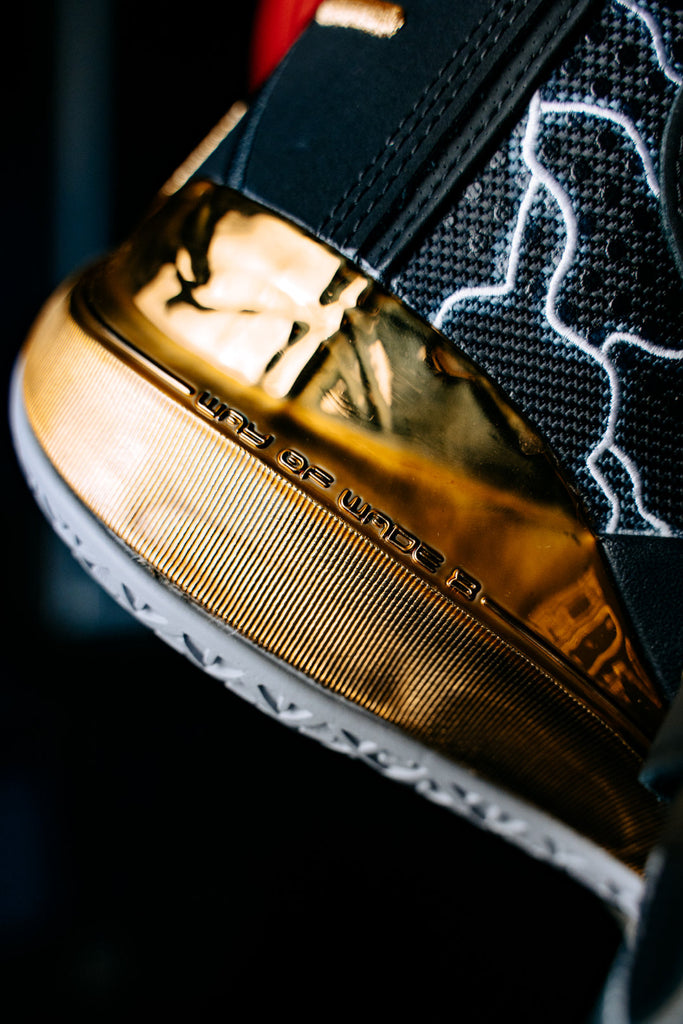 Li Ning Way of Wade 8 First Born