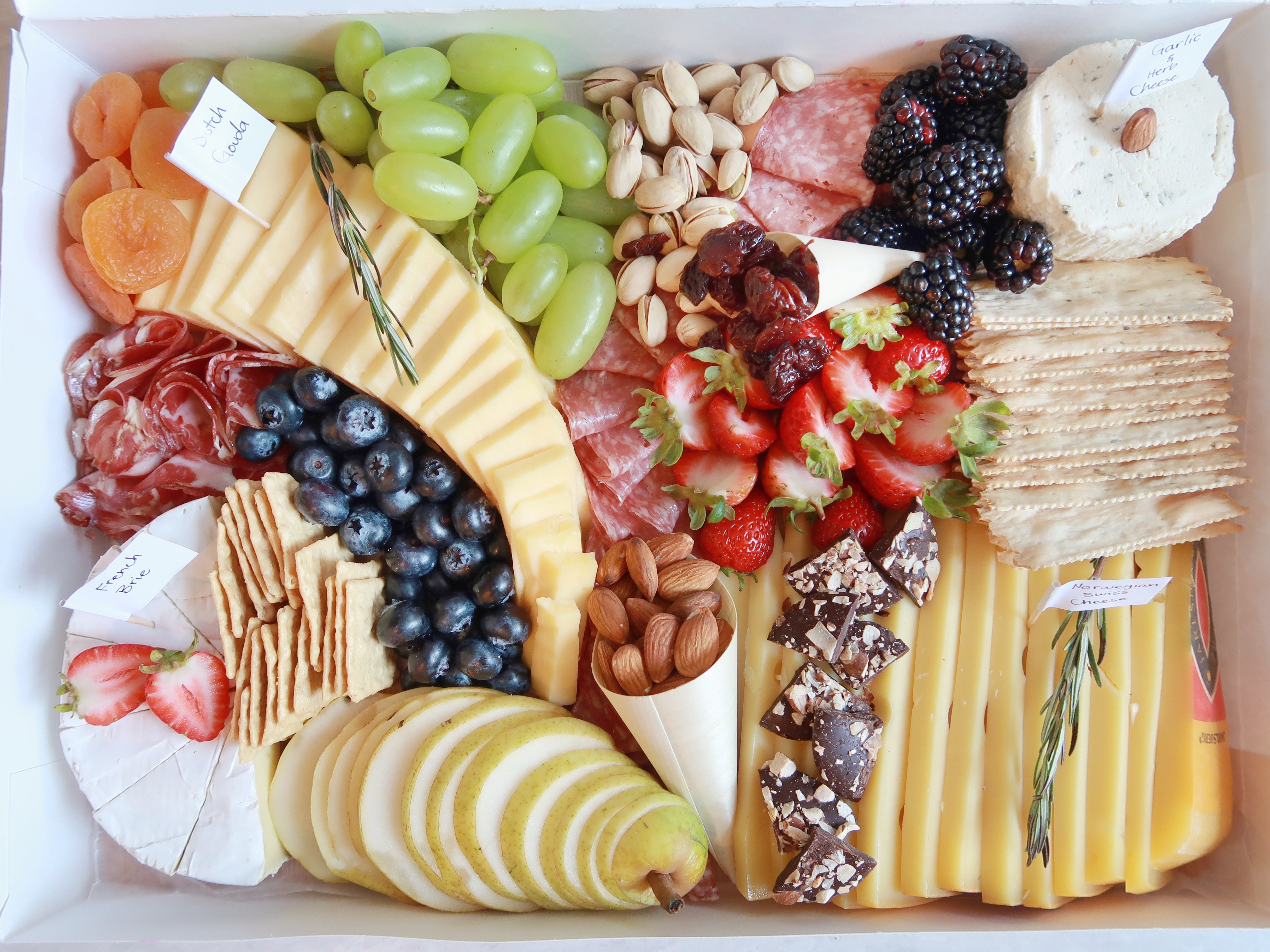 Medium Cheeseboard For 10-15 People