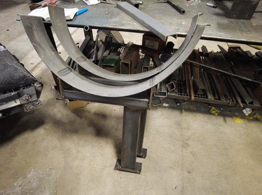 Planter fertilizer tank mount brackets