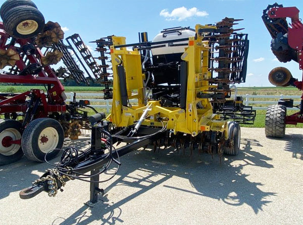 front view of 20' Aerway CCT tillage tool