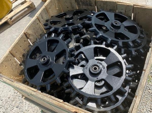 crate of closing wheels