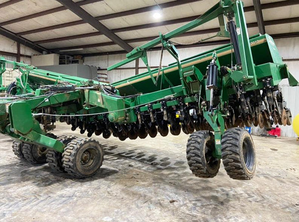 Great Plains 30' 3010 drill