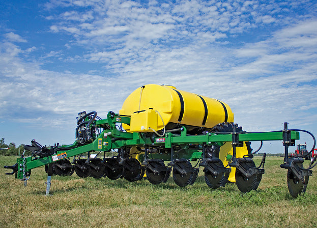 Farm King 1410 Fertilizer Applicator