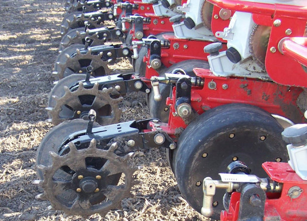 Yetter 6200 Solid Cast Spike Closing Wheel