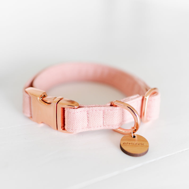 Pastel pink dog collar in linen with rose gold hardware