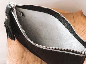 Load image into Gallery viewer, Cowhide All Black Purse