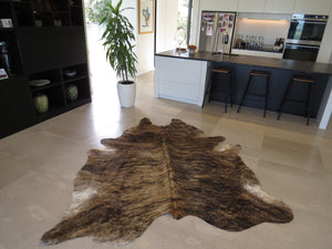 Large Cowhide - Mid Brown Brindle