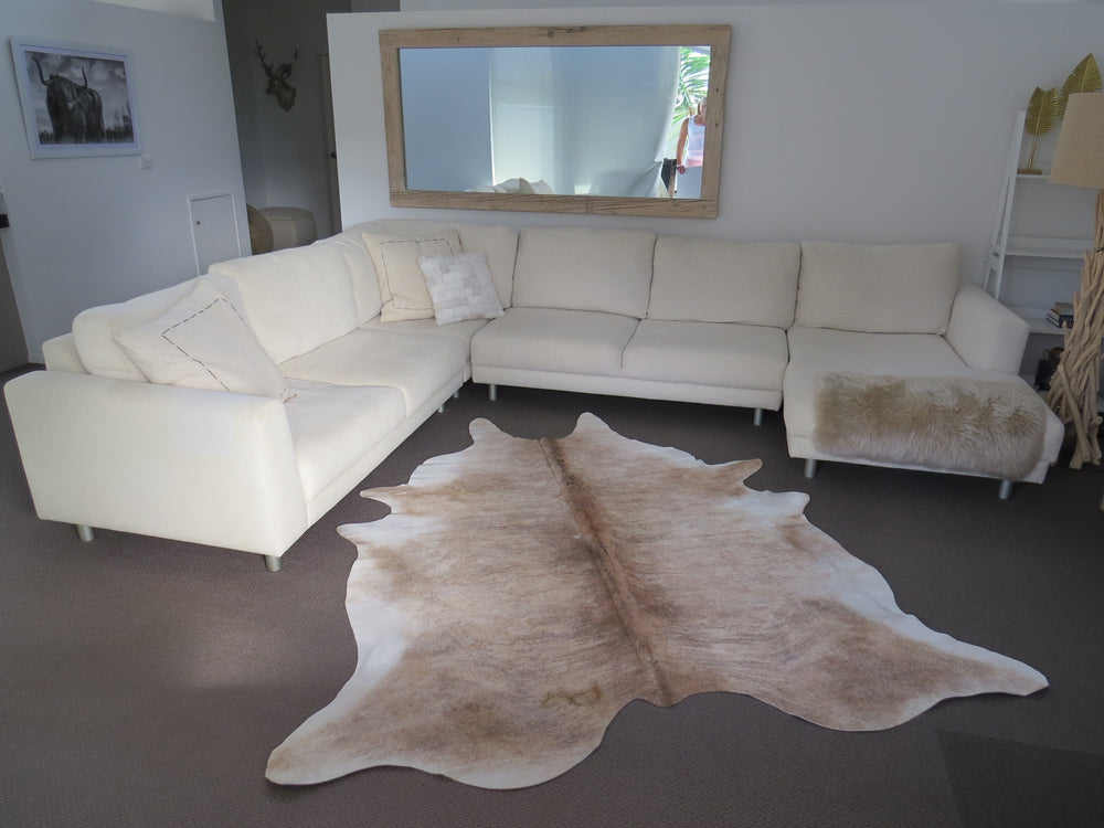 Load image into Gallery viewer, SALE Large Cowhide - Light Brindle