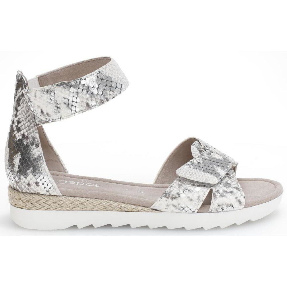 Pipit Light Grey reptile print Sandals
