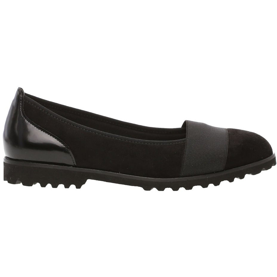 Geysir Black Slip On Shoe