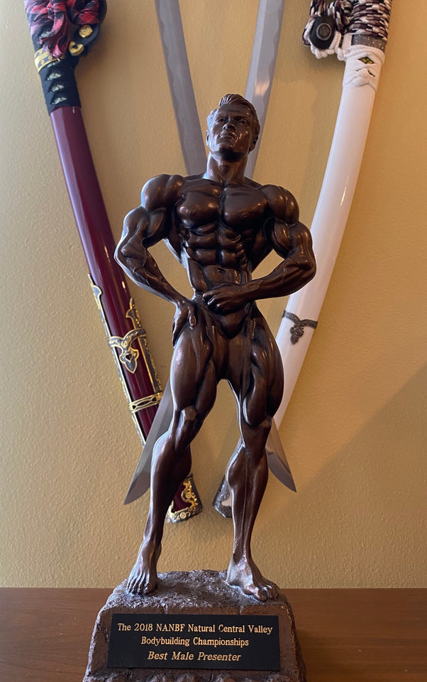Best poser trophy for men's classic physique competition in Fresno, CA