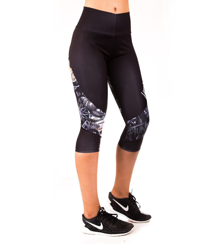 Leggings - Booty Kicks Wheel Capri Leggings