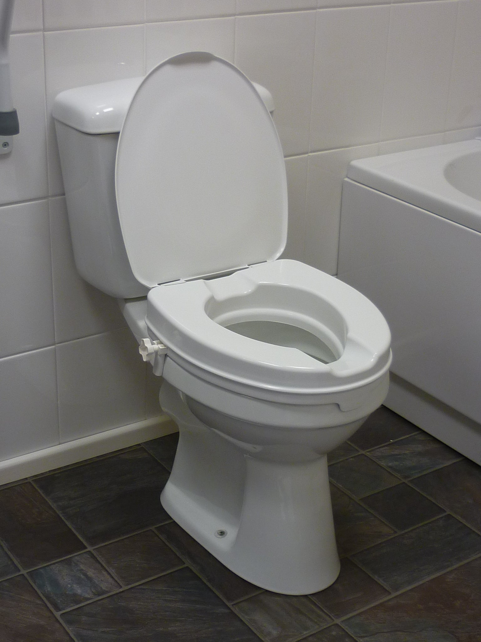 "Raised Toilet Seat 2"" with Lid"