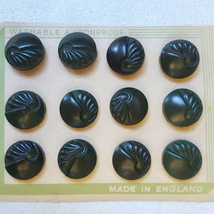 6 Vintage Plastic Buttons in Dark Green, 18mm with Shank
