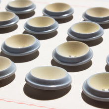Load image into Gallery viewer, 6 Vintage Italian Plastic Buttons in Cream and Grey - 20 mm