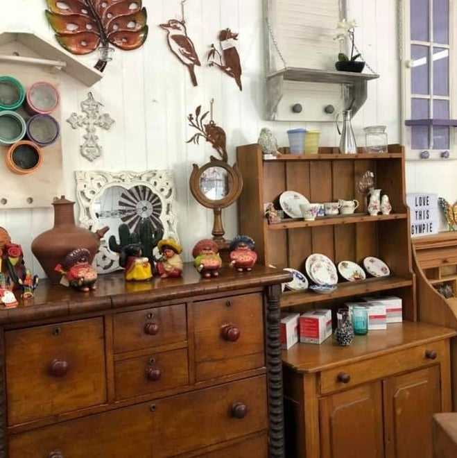 PreLoved Furniture and Decor