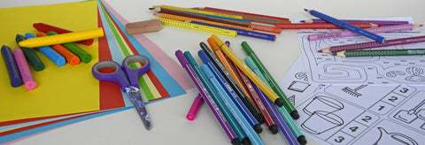 Stationery_On_Table