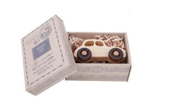 Wooden Story Car - 50s Car - Raw Cottage