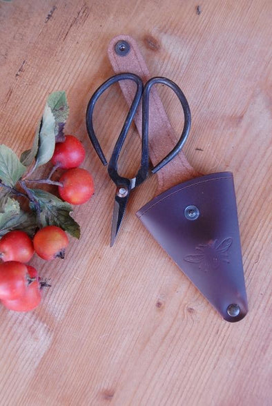 Sting in the Tail - Mini Steel Garden Scissors in Recycled Leather Pouch - Embossed Bee Design