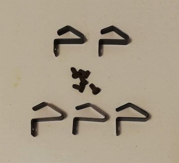 <p>Set of 5 NOS (New Old Stock) Volkswagen hub cap clips and rivets to fit the early 5 lug type wheels (1 set required per wh