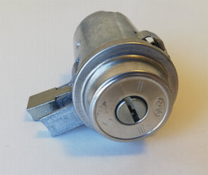 <p>Brand new, hard to find ignition lock switch that would fit many Fiat, and Maserati models including Fiat 124 Spider, Spid
