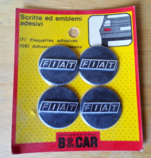 <p>Vintage set of 4 self adhesive FIAT emblems, diameter is 40 mm - 1.57