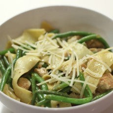 Lemon Pepper Pappardelle with Chicken and French Green Beans