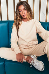 Patricia Bright Raglan Sleeve Cuffed Jumper in Cream