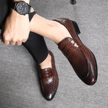 Load image into Gallery viewer, men shoes leather Loafers fashion Classic Mans autumn shoes Footwear Formal Shoes Casual zapatos de hombre Rubber Large Size - DivaJean