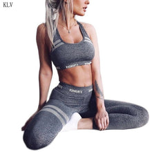 Load image into Gallery viewer, Vrouwen 2Pcs Sport Outfit Letters Naadloze Crop Top Vest Hoge Taille Leggings Honingraat Gestreept Pak Fitness Workout Trainingspak - DivaJean