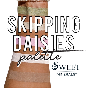 Skipping Daisies Loose Mineral Palette (Exclusive)