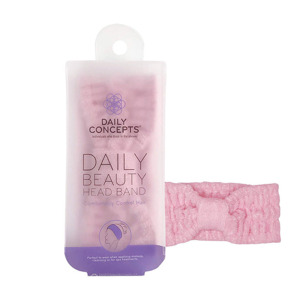 The Daily Beauty Head Band is a soft and flexible headband that is made for sweeping your hair out of your face. Perfect for using when applying a face mask or controlling hair to do makeup! The elastic band can absorb excess moisture like water or sweat.