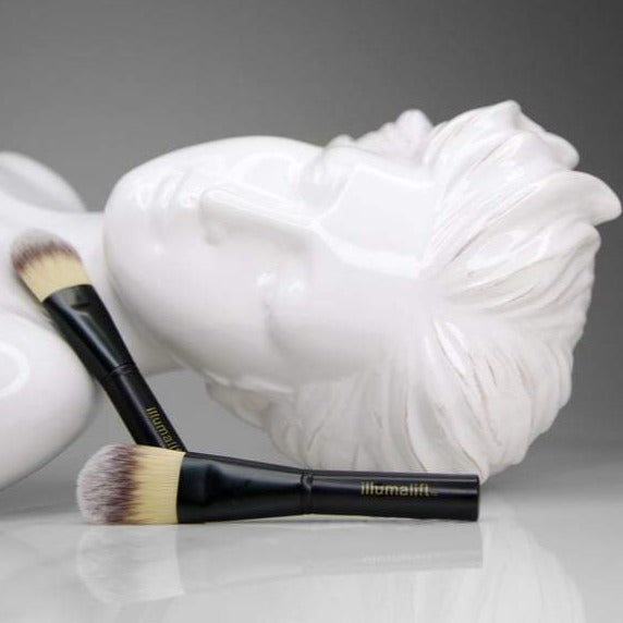 Illumalift Foundation Brush